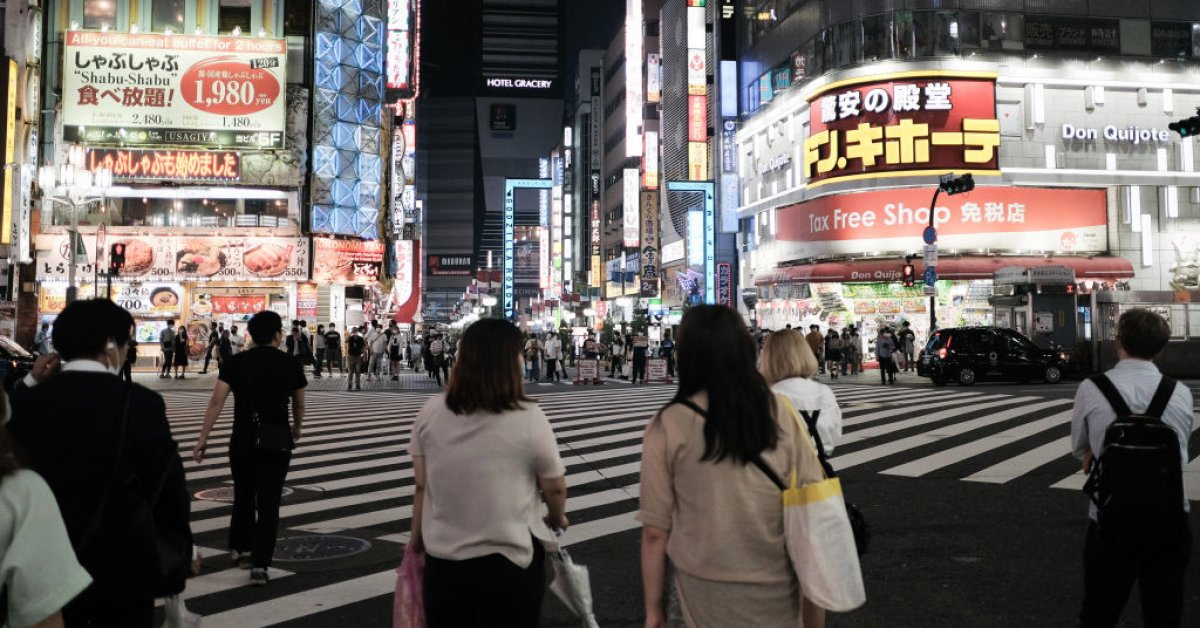 Tokyo Sees Coronavirus Instances Spike as Enterprise Restrictions Are to Be Lifted, Native Media Says