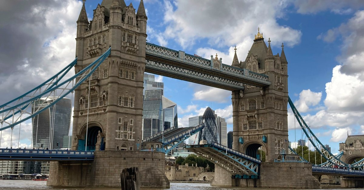 London's Famous Tower Bridge Gets Stuck in an Open Position