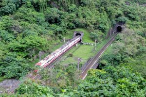 Train in Taiwan Derails Leaving Many Dead and Injured