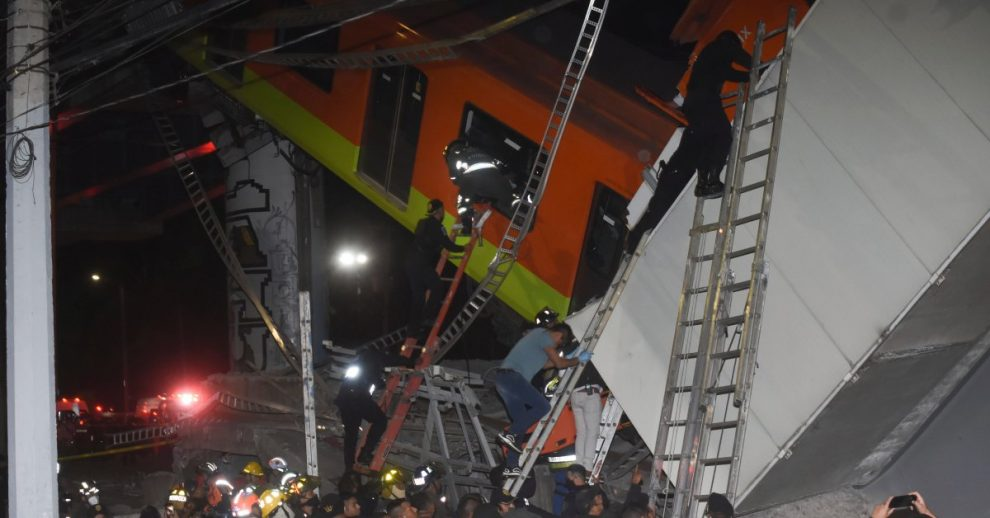 Mexico City Metro Overpass Collapses Onto Road, Killing 15 and Injuring Scores