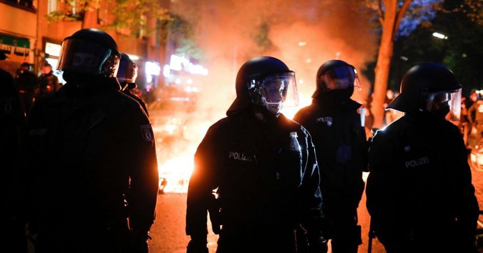 More Than 90 German Police Injured in Berlin May Day Riots